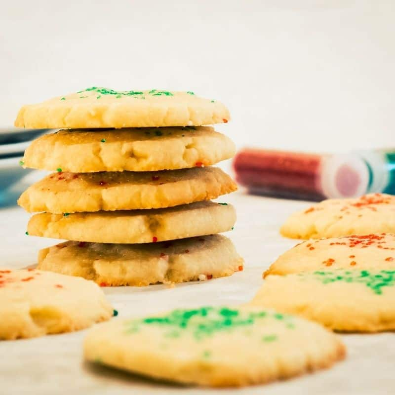 3 ingredient butter cookie with christmas sprinkles